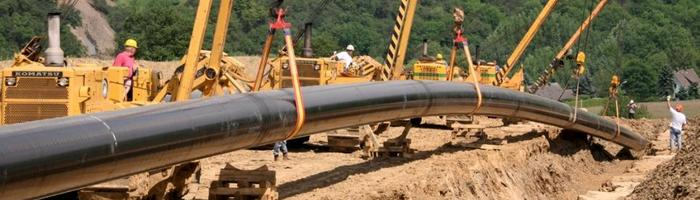 Pipeline for CO2 under construction.