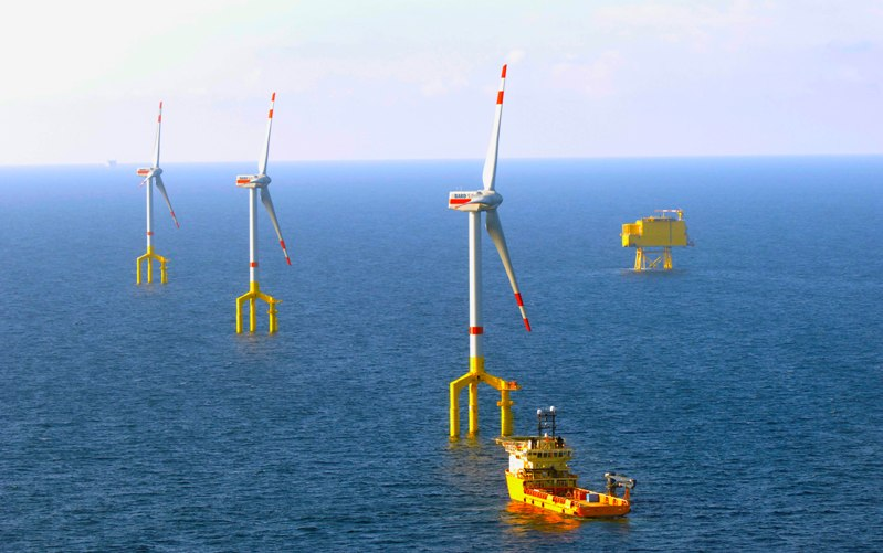 BoWin 1. 80 wind generators each at 5 MW located in the North Sea 130 km from the coast. The 400 MW of power is brought to shore by HVDC VSC. This technology was pioneered by ABB and originally intended as a distribution system level HVDC and thus was called HVDC Light. The first commercial project was for a 30 MW windfarm on Gotland, Sweden. in 1994. The technology has quickly been scalled up to the transmission level and VSC can now handle over 1000 MW.